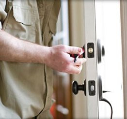 Town Center Locksmith Shop Lansing, IL 708-303-9317